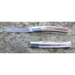 Couteau Le THIERS® pliant 12 cms , manche en bois de cerf ressort guilloché mains LES COUTEAUX DE POCHE PLIANTS GUILLOCHES MAINS