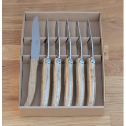 Coffret 6 couteaux de table Laguiole ,manche en bois de chene LES COFFRETS